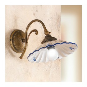 Applique lampada da parete a 1 luce in ottone con piatto in ceramica plissettata vintage - h. 19 cm