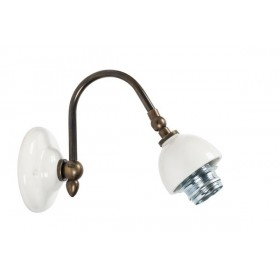 Wall sconce in brass and white ceramic